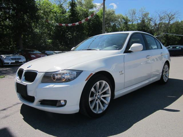 used 2011 bmw 3 series 328i xdrive nav roof leather. Black Bedroom Furniture Sets. Home Design Ideas