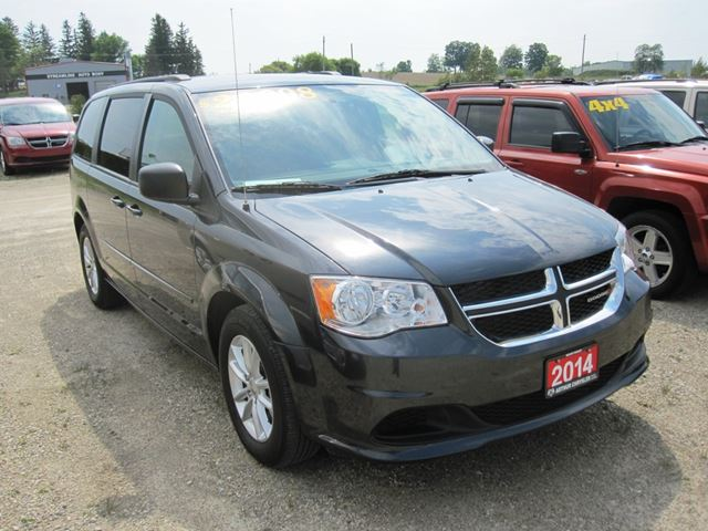 2014 dodge grand caravan sxt mount forest ontario car for sale 2207191. Black Bedroom Furniture Sets. Home Design Ideas