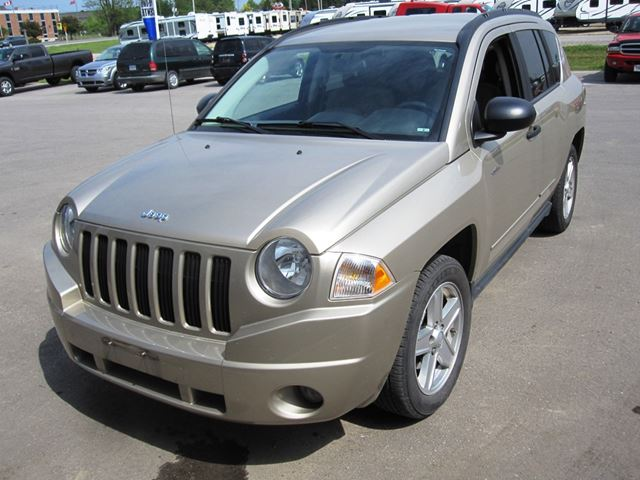 used 2009 jeep compass north mount forest. Black Bedroom Furniture Sets. Home Design Ideas