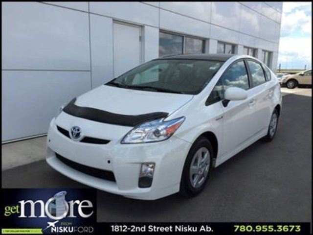 2011 TOYOTA PRIUS Hybrid Auotomatic Power Moonroof and more!! in Leduc, Alberta