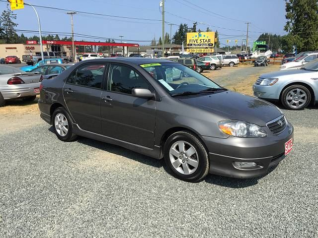 2005 TOYOTA COROLLA S in Parksville, British Columbia