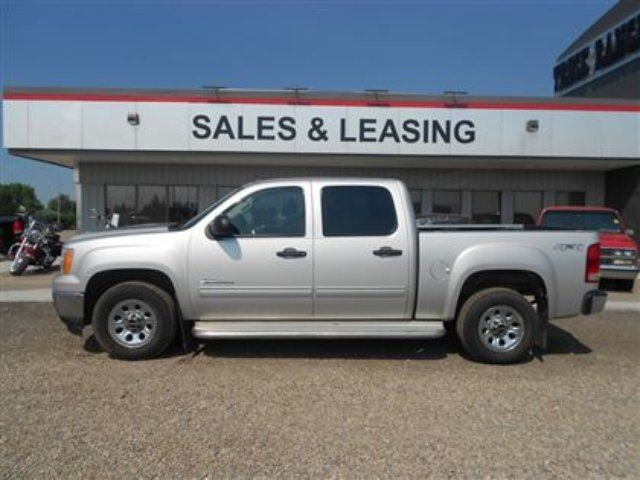 2011 GMC SIERRA 1500 SL Nevada Edition in Innisfail, Alberta