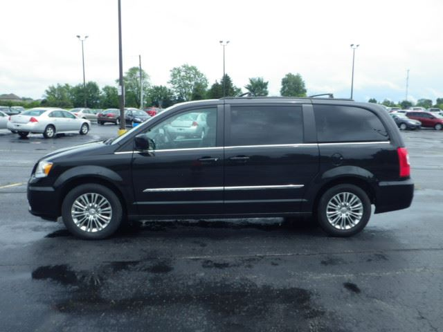 2015 Chrysler Town Amp Country Touring Black Haldimand