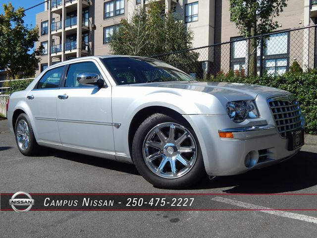 2005 chrysler 300 300c victoria british columbia used car for sale 2216791. Black Bedroom Furniture Sets. Home Design Ideas