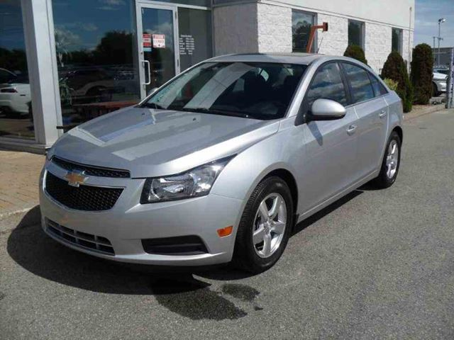 Chevrolet Cruze 2012 Traction Light