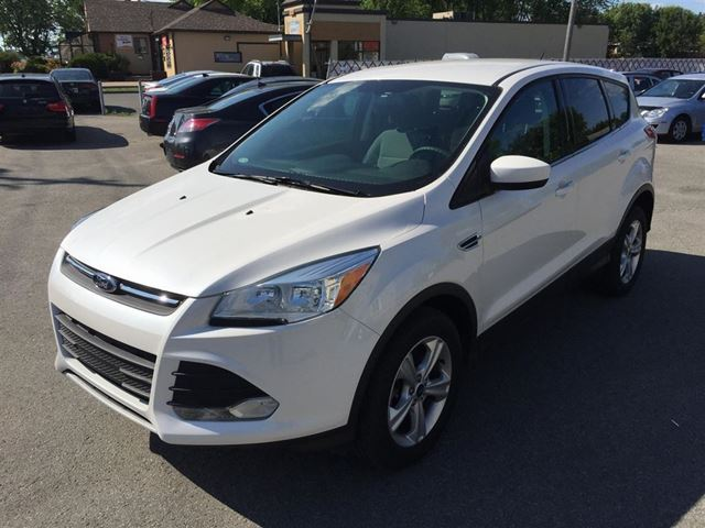 2013 ford escape se 4wd 0 int mirabel quebec used car for sale 2217547. Black Bedroom Furniture Sets. Home Design Ideas