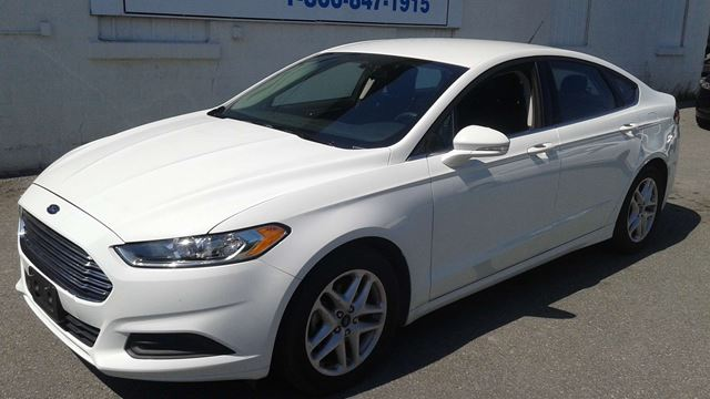 2015 ford fusion se kingston ontario used car for sale. Black Bedroom Furniture Sets. Home Design Ideas