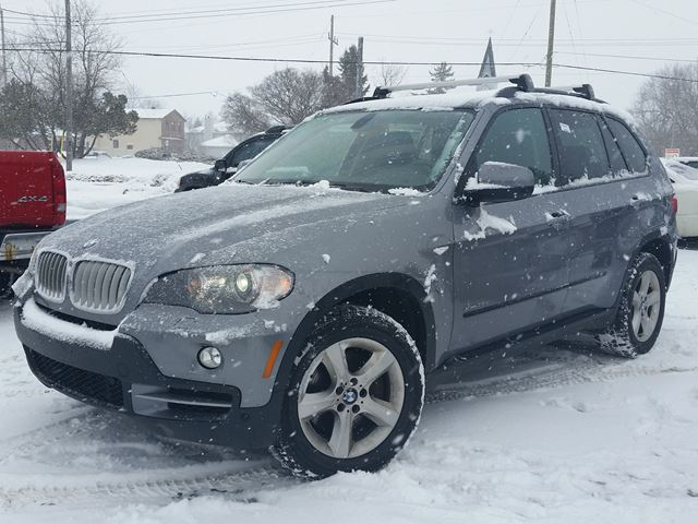 2010 bmw x5 35d ottawa ontario used car for sale 2219338. Black Bedroom Furniture Sets. Home Design Ideas