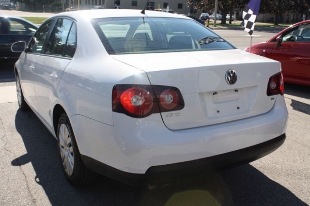 2010 volkswagen jetta tdi cup toronto ontario used car. Black Bedroom Furniture Sets. Home Design Ideas