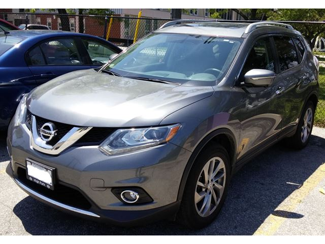 2014 nissan rogue sl mississauga ontario used car for sale 2226552. Black Bedroom Furniture Sets. Home Design Ideas