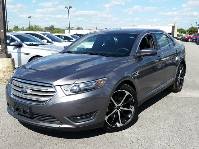 2014 ford taurus sel scarborough ontario used car for sale 2229066. Black Bedroom Furniture Sets. Home Design Ideas