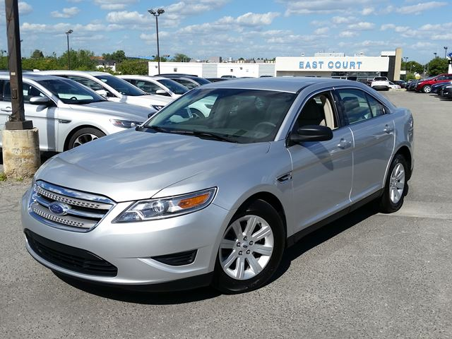 2012 ford taurus se scarborough ontario used car for. Black Bedroom Furniture Sets. Home Design Ideas