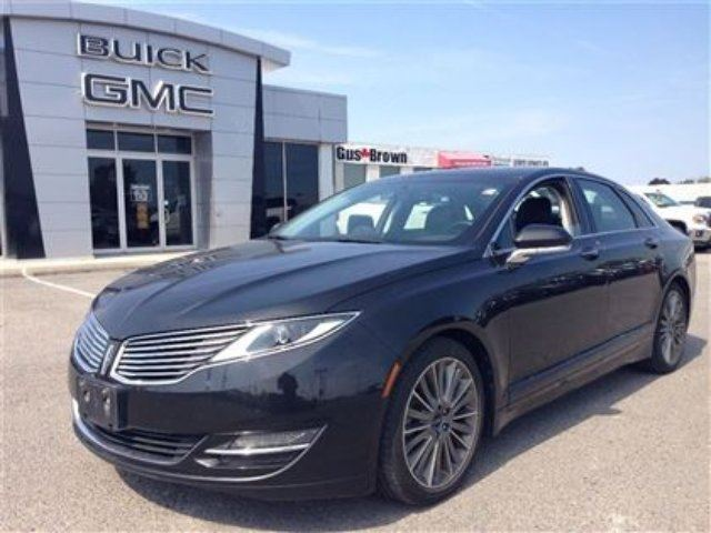 2013 LINCOLN MKZ 3.7 AWD Sunroof THX Audio Navi in Port Perry, Ontario
