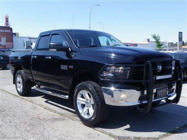 2013 dodge ram 1500 slt 4x4 5 7l hemi lifted 20inch wheels calgary alberta used car for. Black Bedroom Furniture Sets. Home Design Ideas