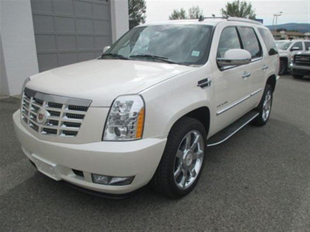 2011 CADILLAC ESCALADE Base in Kelowna, British Columbia