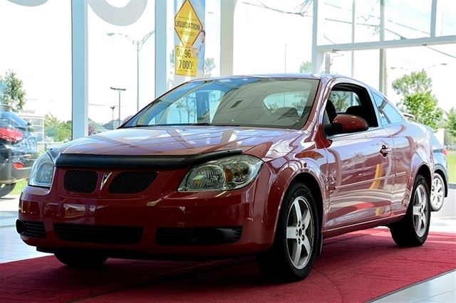 2009 pontiac g5 gt sport toit ouvrant mags fogs red. Black Bedroom Furniture Sets. Home Design Ideas
