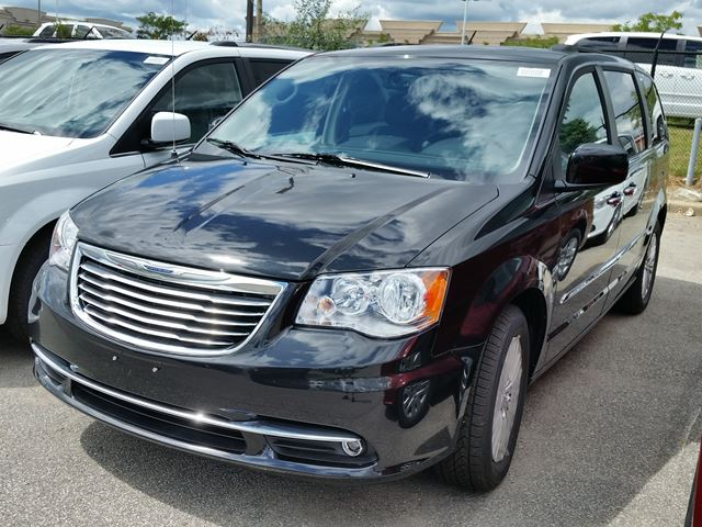 2015 chrysler town and country touring vaughan ontario new car for sale 2234045. Black Bedroom Furniture Sets. Home Design Ideas