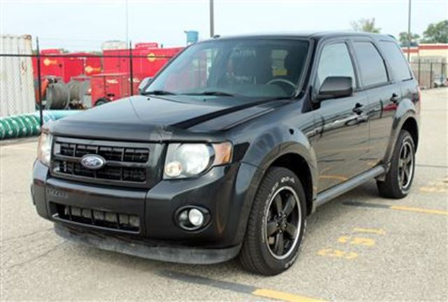2011 ford escape xlt v6 awd waterloo ontario used car for sale 2234720. Black Bedroom Furniture Sets. Home Design Ideas