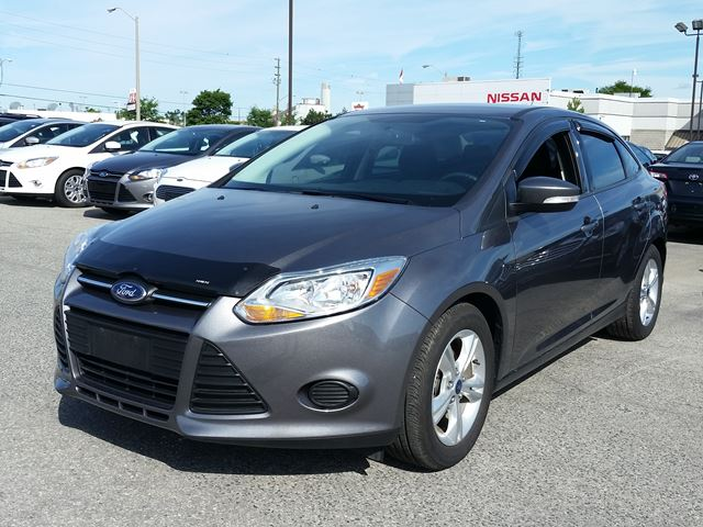 2014 ford focus grey east court ford lincoln. Black Bedroom Furniture Sets. Home Design Ideas