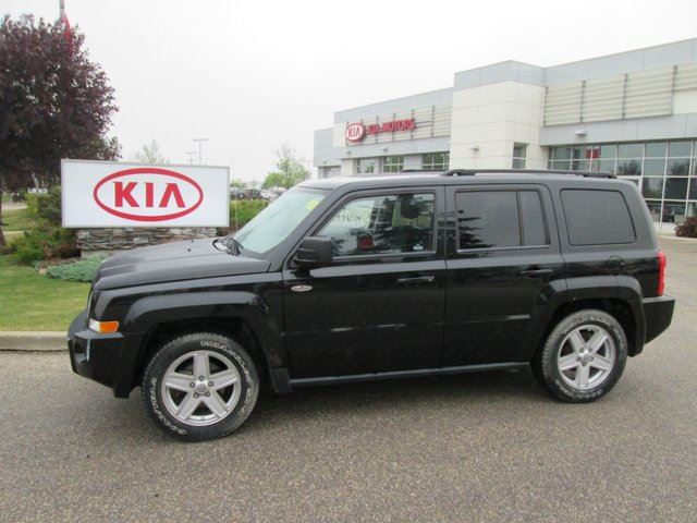 2010 jeep patriot north with bluetooth cd mp3 winnipeg. Black Bedroom Furniture Sets. Home Design Ideas