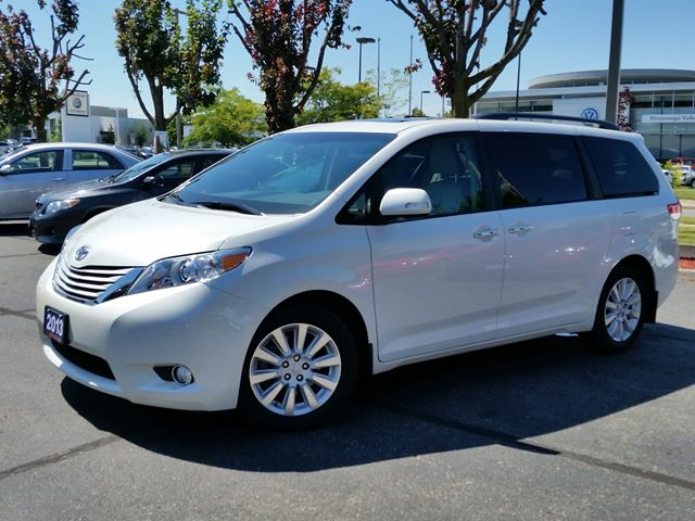 2013 toyota sienna limited awd nav white erin park. Black Bedroom Furniture Sets. Home Design Ideas