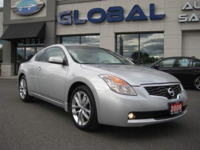 2009 nissan altima 3 5 se automatic loaded silver global auto sales. Black Bedroom Furniture Sets. Home Design Ideas