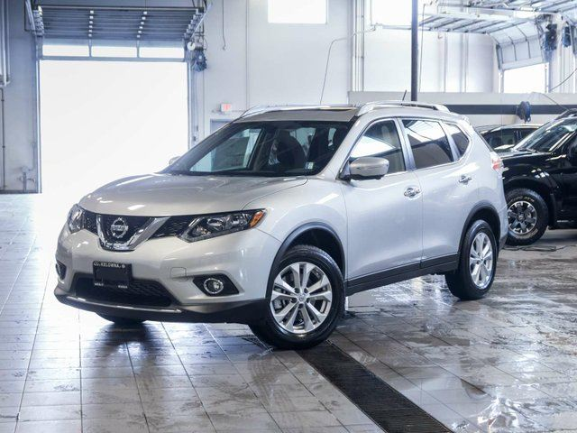2015 nissan rogue sv all wheel drive with family tech package kelowna british columbia used. Black Bedroom Furniture Sets. Home Design Ideas