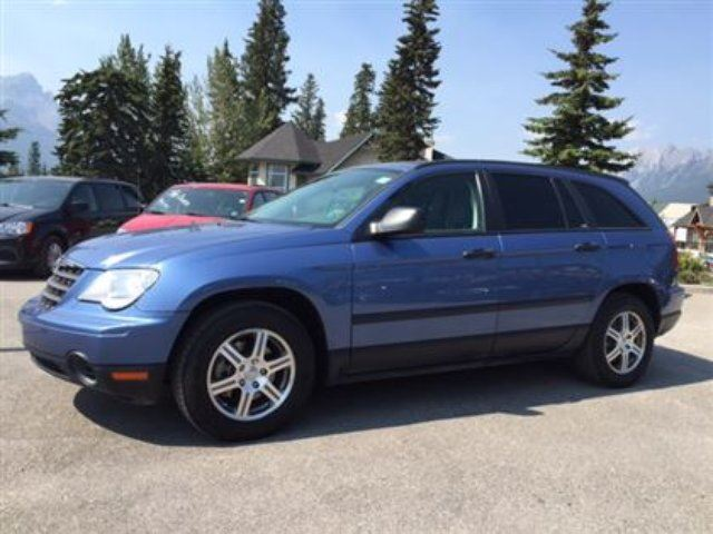 2007 chrysler pacifica se 53000kms canmore alberta used car for sale 2239638. Black Bedroom Furniture Sets. Home Design Ideas