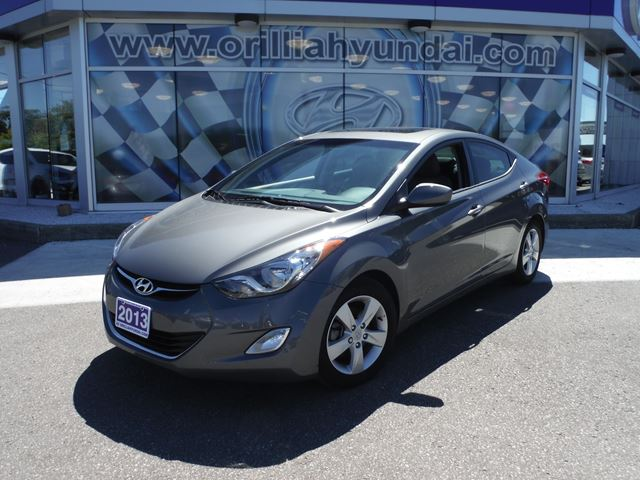 2013 hyundai elantra gls all in pricing orillia ontario used car for sale 2241174. Black Bedroom Furniture Sets. Home Design Ideas