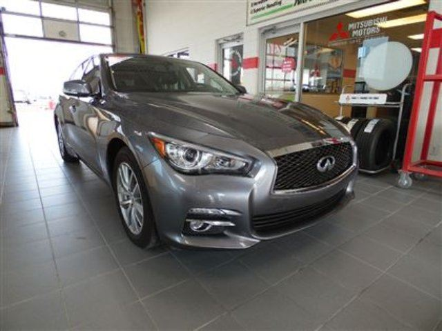 2014 infiniti q50 premium winnipeg manitoba used car. Black Bedroom Furniture Sets. Home Design Ideas