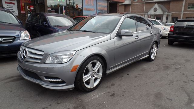 2011 mercedes benz c class c300 ottawa ontario used car for Mercedes benz 2011 c300 for sale
