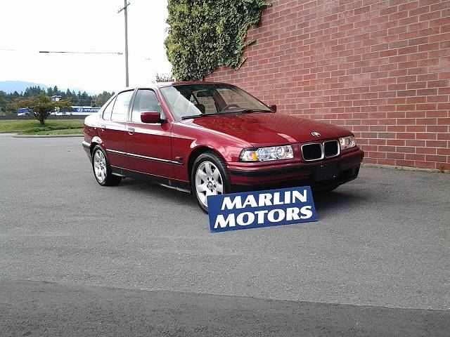 1995 BMW 325 325i in Koksilah, British Columbia