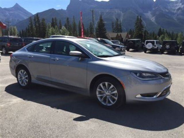 2015 CHRYSLER 200 C Leather Sunroof nav low kms in Canmore, Alberta