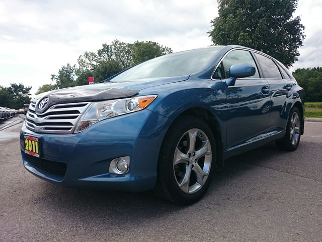 2011 toyota venza awd v6 blue whitby toyota company. Black Bedroom Furniture Sets. Home Design Ideas