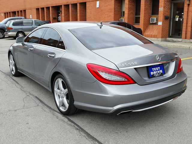 2012 mercedes benz cls class cls550 4matic toronto ontario car for sale 2253231. Black Bedroom Furniture Sets. Home Design Ideas