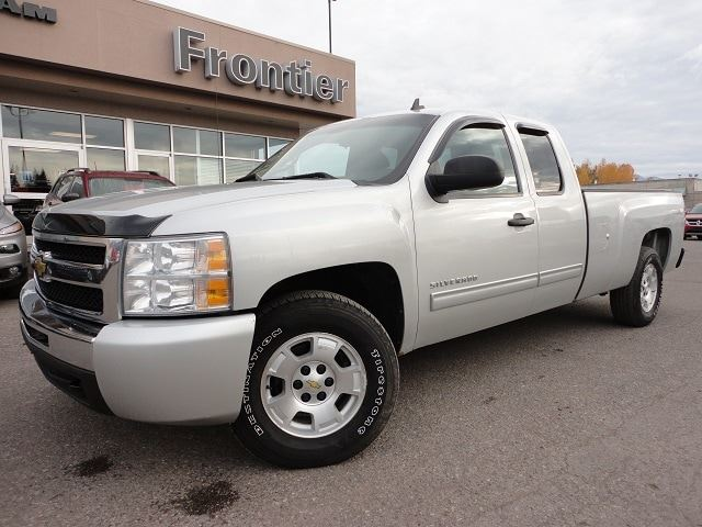 2011 CHEVROLET SILVERADO 1500 LT in Smithers, British Columbia