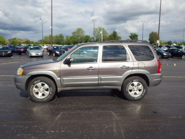 2002 mazda tribute es cayuga ontario used car for sale. Black Bedroom Furniture Sets. Home Design Ideas
