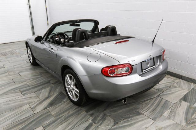 2010 mazda mx 5 miata gs convertible w 40 000km alloys. Black Bedroom Furniture Sets. Home Design Ideas