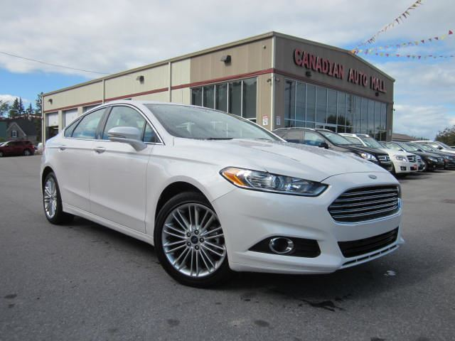 2014 FORD Fusion SE AWD, NAV, ROOF, LEATHER, 25K! in Stittsville, Ontario