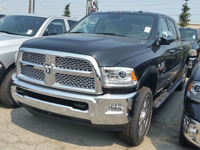 2016 dodge ram 2500 laramie 4x4 vaughan ontario car for sale 2258906. Black Bedroom Furniture Sets. Home Design Ideas