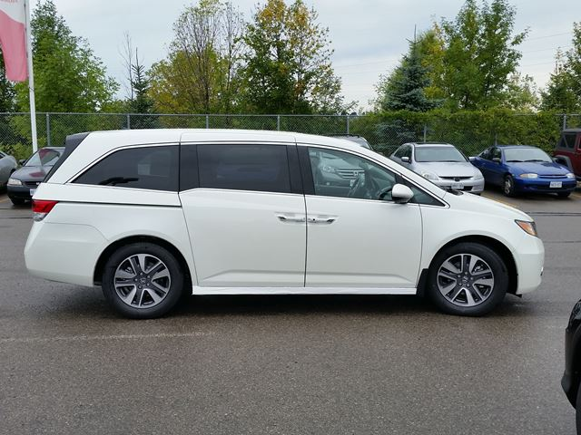 2016 honda odyssey touring whitby ontario car for sale 2259106. Black Bedroom Furniture Sets. Home Design Ideas