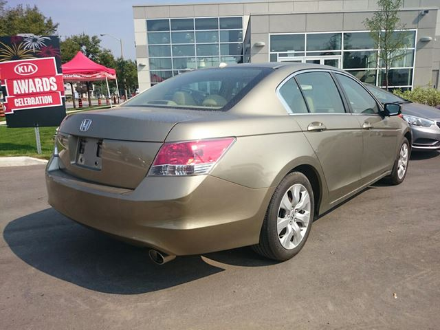 2009 honda accord scarborough ontario used car for sale 2260501. Black Bedroom Furniture Sets. Home Design Ideas