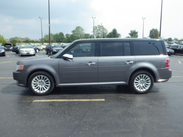 2009 ford flex sel fwd cayuga ontario used car for sale. Black Bedroom Furniture Sets. Home Design Ideas