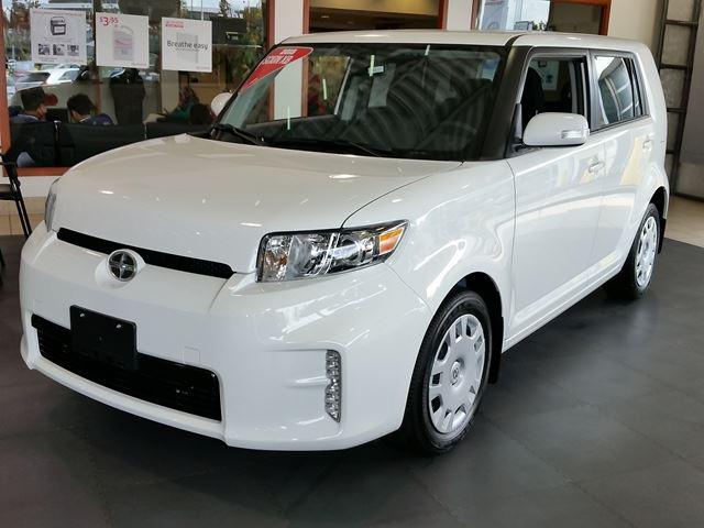 2015 scion xb white erin park toyota new car. Black Bedroom Furniture Sets. Home Design Ideas