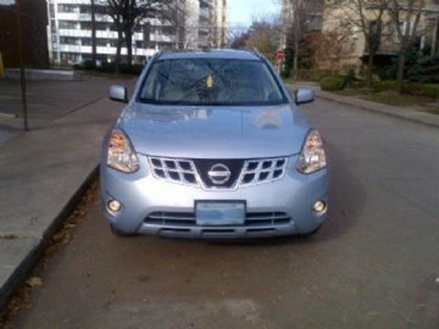 2012 nissan rogue sv awd w premium package mississauga. Black Bedroom Furniture Sets. Home Design Ideas