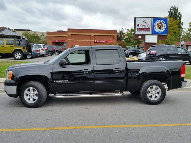 2009 gmc sierra 1500 sle whitby ontario used car for sale 2272330. Black Bedroom Furniture Sets. Home Design Ideas