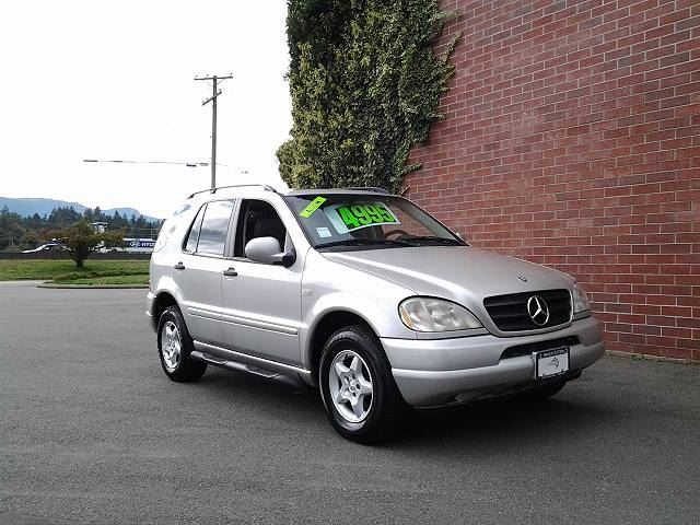 2000 MERCEDES-BENZ M-CLASS ML320 in Koksilah, British Columbia