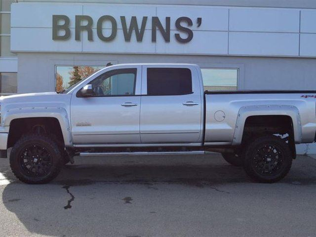 2014 CHEVROLET SILVERADO 1500 High Country in Dawson Creek, British Columbia