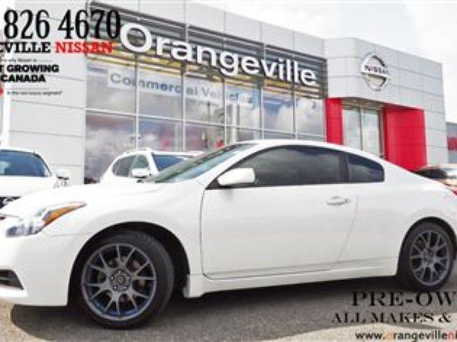 2010 Nissan Altima 2.5 S Rare Coupe! Looks Great Leather in Orangeville, Ontario
