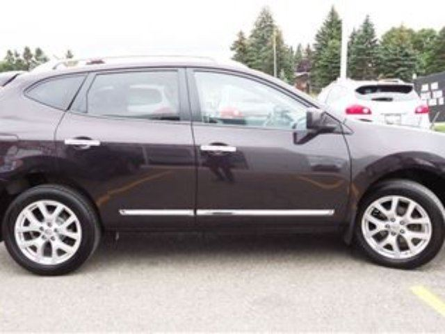 2012 nissan rogue sv awd moonroof clean carproof orangeville ontario used car for sale 2282030. Black Bedroom Furniture Sets. Home Design Ideas